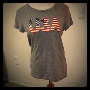 Tops - USA t-shirt made in Bangladesh size M